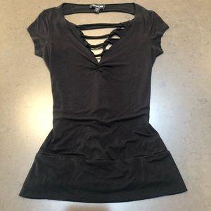 Bebe open back braided black  t-shirt